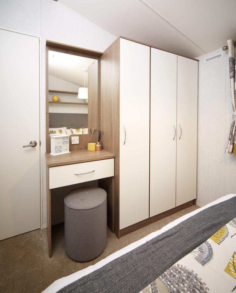 Built in bedroom features